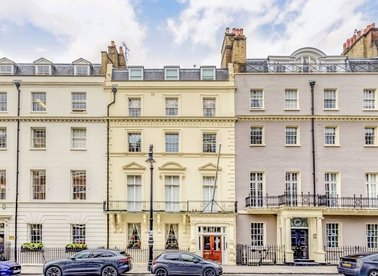 Properties to let in Hill Street - W1J 5LT view1