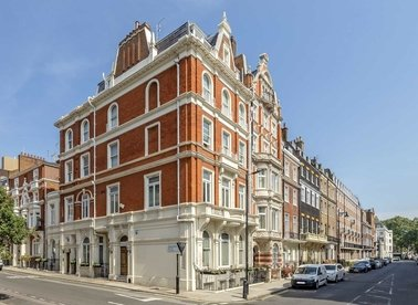 Properties to let in Hill Street - W1J 5NW view1