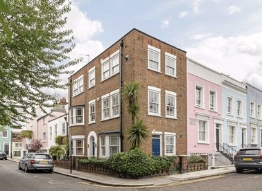 Properties to let in Hillgate Place - W8 7SL view1