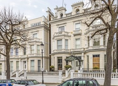 Properties to let in Holland Park - W11 3SQ view1