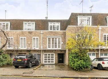 Properties to let in Holland Park Road - W14 8NA view1