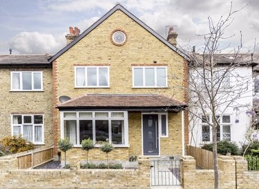 Properties let in Holmes Road - TW1 4RE view1