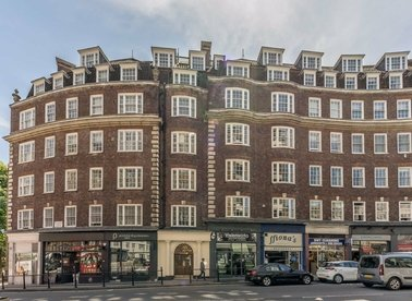 Properties to let in Kensington Church Street - W8 4BD view1