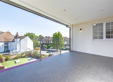 Properties to let in Kingston Road - KT3 3NX view1