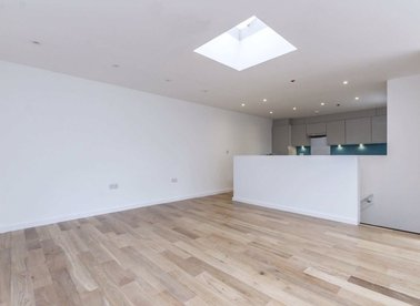 Properties to let in Lower Richmond Road - SW15 1HJ view1