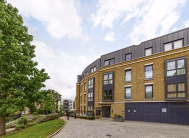 Properties to let in Loxford Gardens - N5 1FX view1