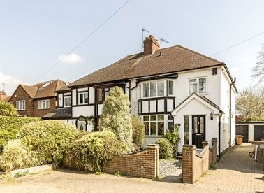Properties to let in Manor Drive - TW16 6PB view1