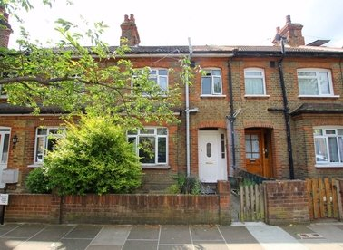 Properties to let in Manor Grove - TW9 4QQ view1