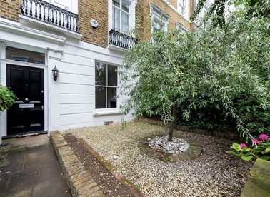 Properties to let in Margaretta Terrace - SW3 5NU view1