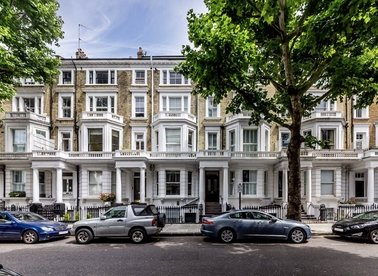Marloes Road, London, W8