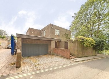 Properties to let in Merton Lane - N6 6NB view1