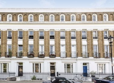 Properties let in Milner Square - N1 1TL view1