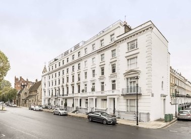 Properties to let in Milner Street - SW3 2QF view1