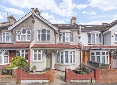 Properties to let in Montana Road - SW17 8SN view1