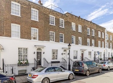 Properties to let in Montpelier Place - SW7 1HJ view1