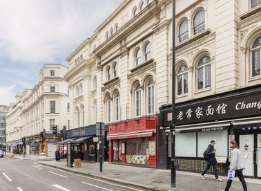 Properties to let in New Oxford Street - WC1A 1EP view1