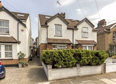 Properties to let in Niton Road - TW9 4LH view1