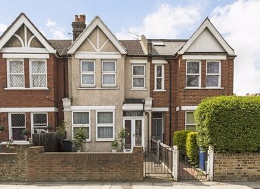 Properties to let in Northfield Avenue - W13 9SB view1