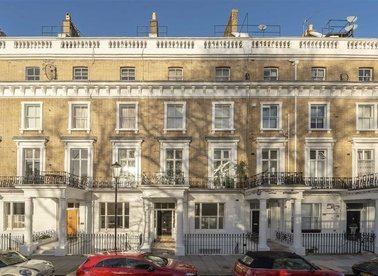 Properties to let in Onslow Gardens - SW7 3AH view1