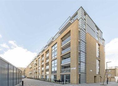 Properties let in Packington Square - N1 7FW view1