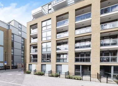 Properties let in Packington Square - N1 7FX view1