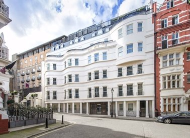 Properties to let in Park Place - SW1A 1LP view1