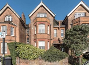 Properties to let in Platts Lane - NW3 7NP view1
