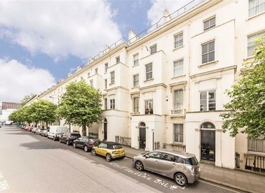 Properties to let in Porchester Square - W2 6AN view1