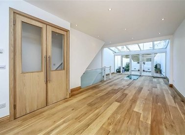 Properties to let in Pottery Lane - W11 4LZ view1