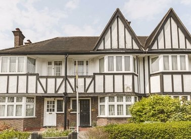 Properties to let in Princes Gardens - W3 0LS view1