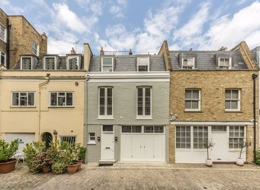 Properties to let in Princes Mews - W2 4NX view1