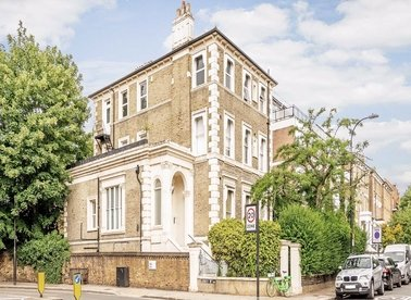Properties to let in Priory Road - NW6 3NE view1