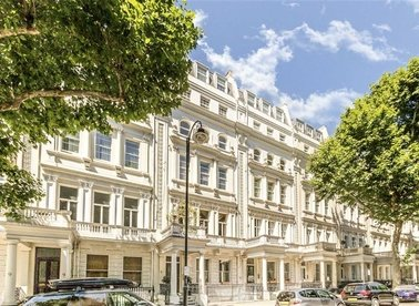 Properties to let in Queen's Gate - SW7 5AB view1