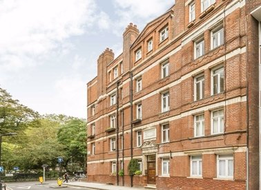 1 Bedrooms 1 Bathrooms short let flat to rent in Red Lion Square - WC1R 4SE view1