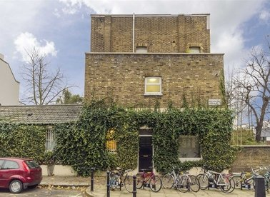 Properties to let in Richmond Avenue - N1 0NF view1