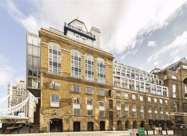 Properties to let in Shad Thames - SE1 2LY view1