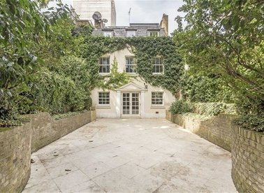 Properties to let in St. Anselms Place - W1K 5AF view1