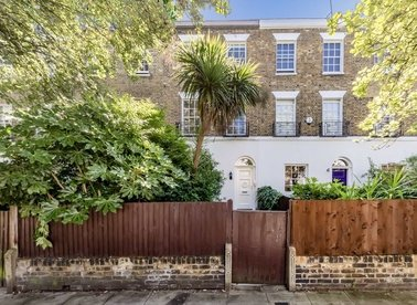 Properties to let in St. Johns Wood Terrace - NW8 6JJ view1