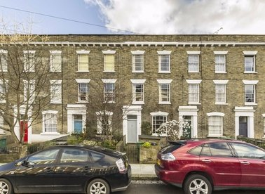 Properties to let in St. Leonards Square - NW5 3HL view1