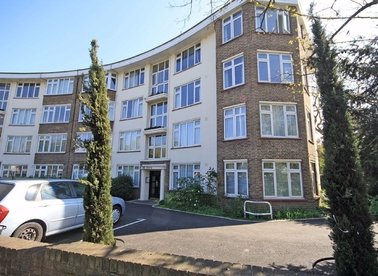 Properties to let in St. Margarets Road - TW1 1RB view1