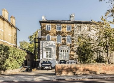Properties to let in St. Margarets Road - TW1 1NP view1