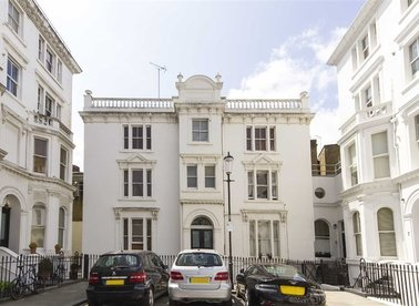 Studio flat to rent in Notting Hill, London | Dexters Estate Agents
