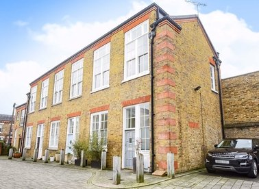 Properties to let in Symphony Mews - W10 4JW view1