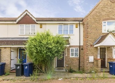Properties to let in Tawny Close - W13 9LX view1