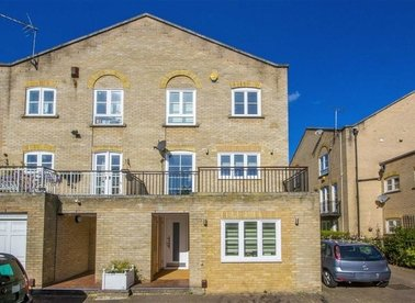 Properties let in Thornhill Bridge Wharf - N1 0RU view1