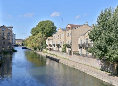 Properties to let in Thornhill Bridge Wharf - N1 0RU view1