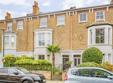 Properties to let in Townshend Road - TW9 1XH view1