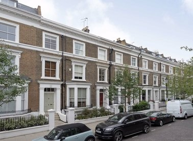 Properties to let in Upper Addison Gardens - W14 8AJ view1