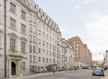 Properties to let in Upper Grosvenor Street - W1K 2NG view1