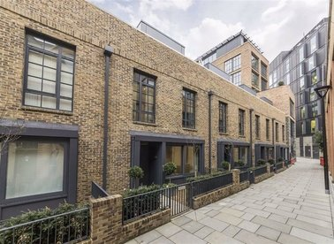 Properties let in Valentine Row - SE1 8BN view1
